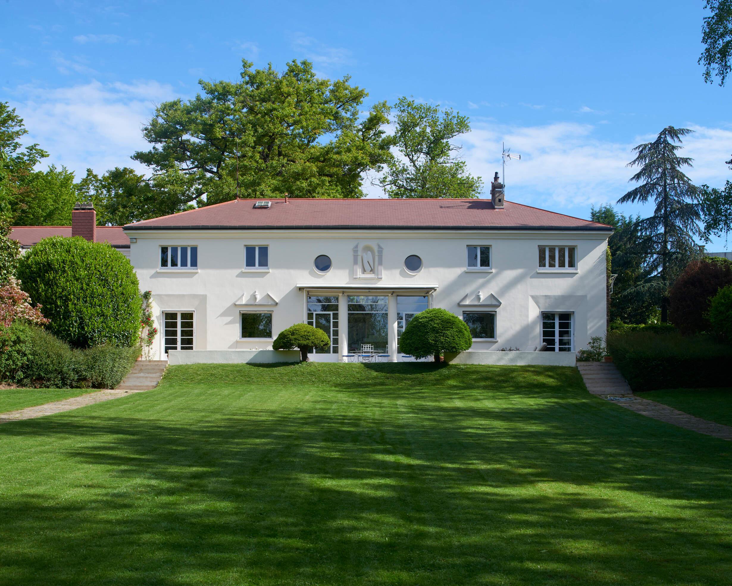 Maison Italienne in Ile-de-France  Le Collectionist
